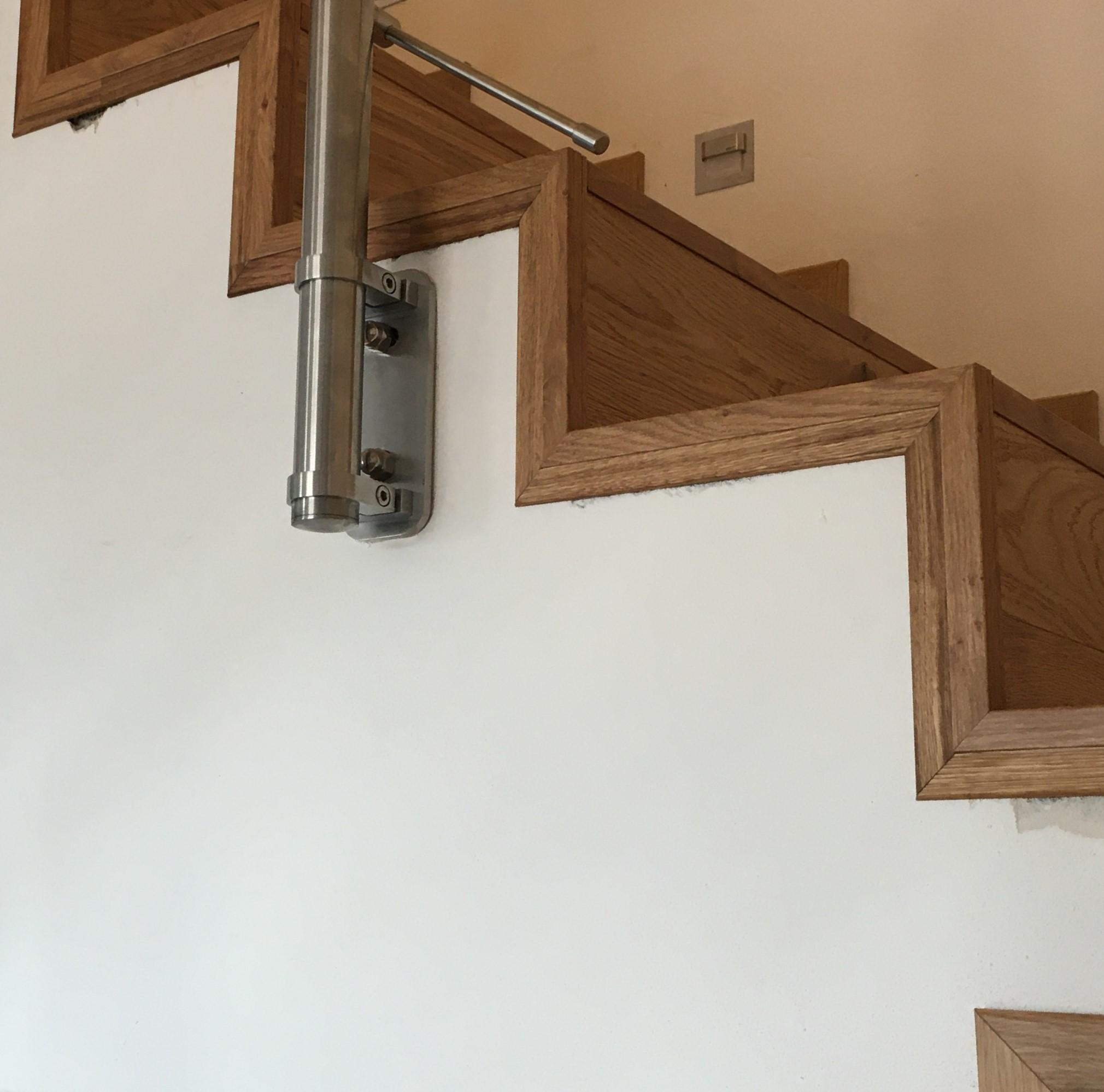 RD Nové Strašecí - obložení schodiště dřevěnou podlahou 3